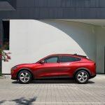 Ford Mustang Mach-E portes électriques